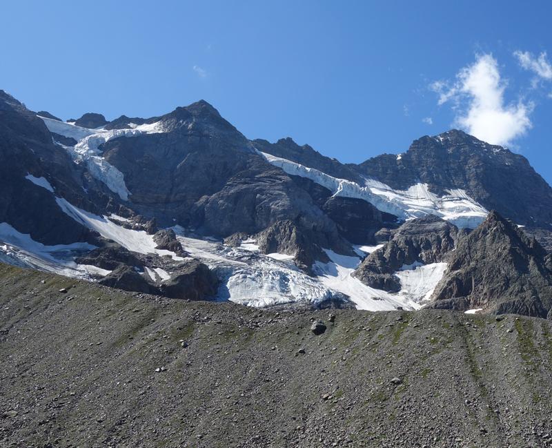 Retreating glaciers in the Swiss Alps. Photo by Marlène Thibault
